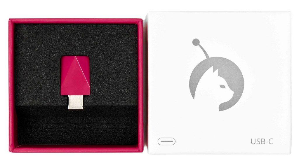Luna Display hardware in packaging